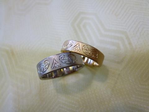 ペイズリー柄の指輪