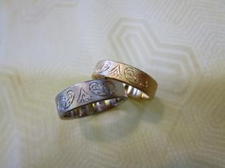 ペイズリー柄の結婚指輪