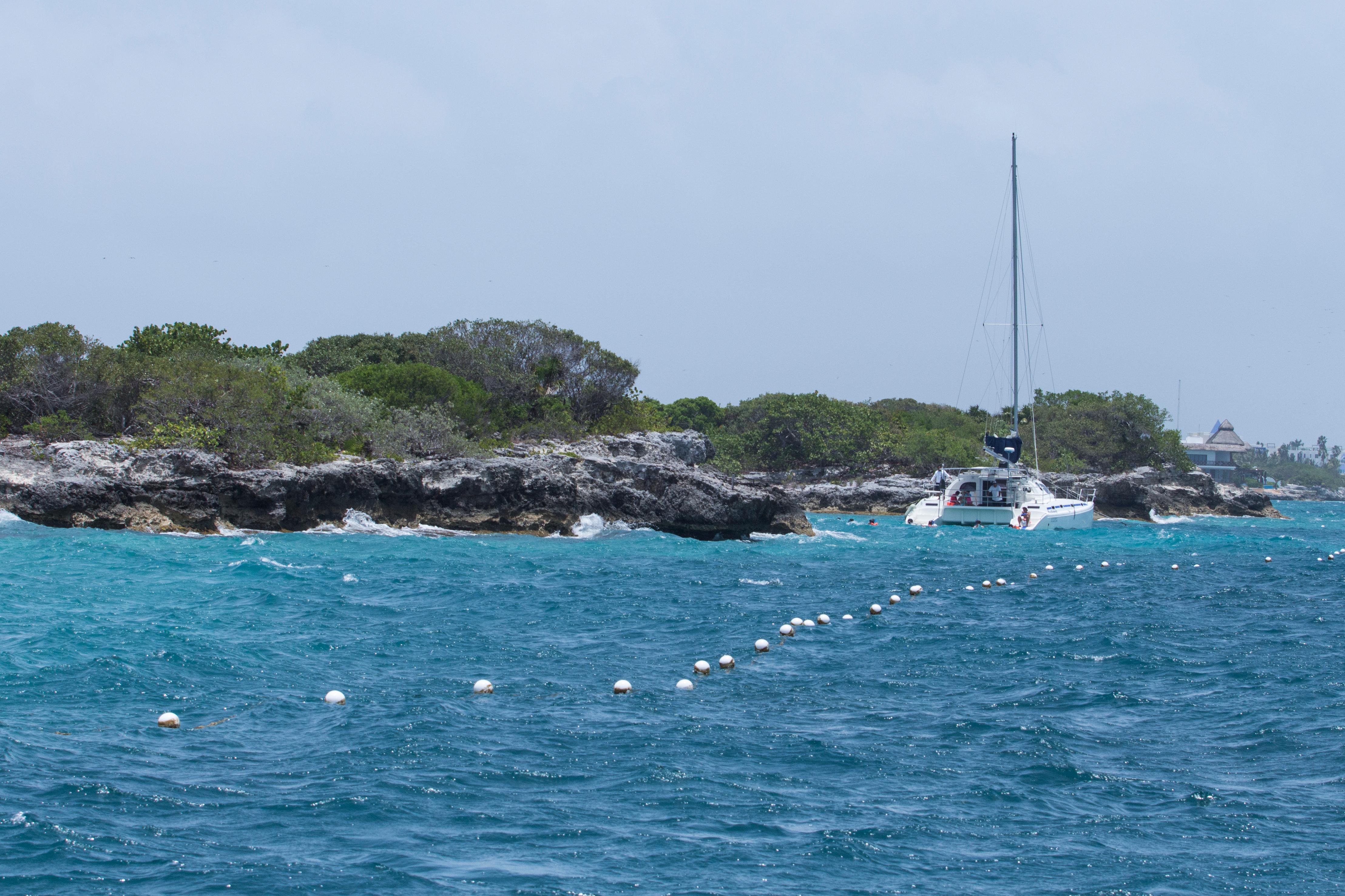catamaran reef