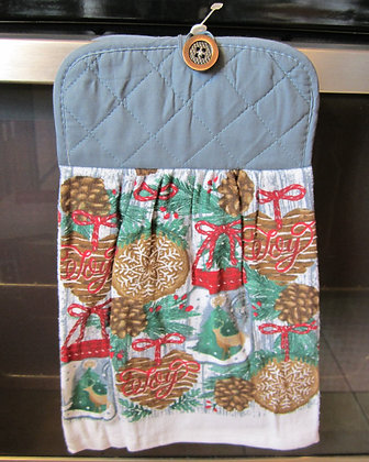 Pinecones and Grapevine Towel