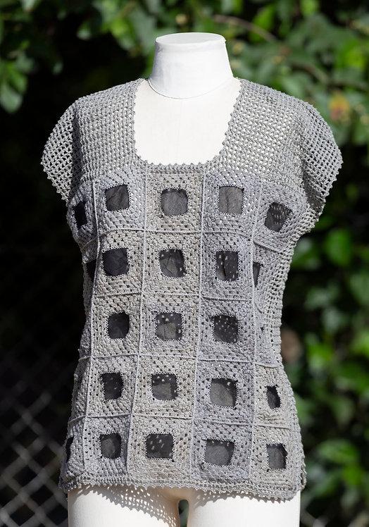 blusa croche aplicação organza