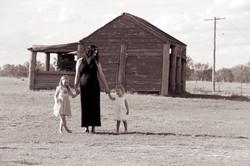 Captains Mountain Farm Family