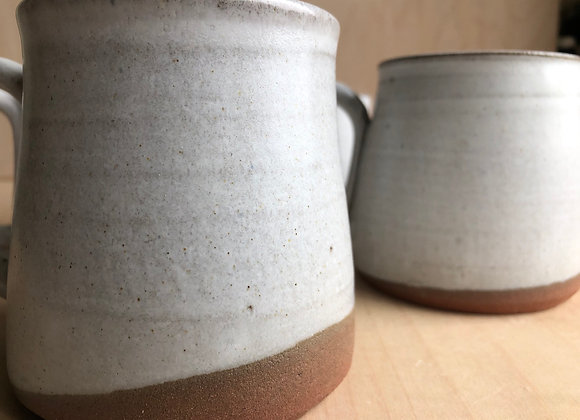 Cozy mugs in grey matte