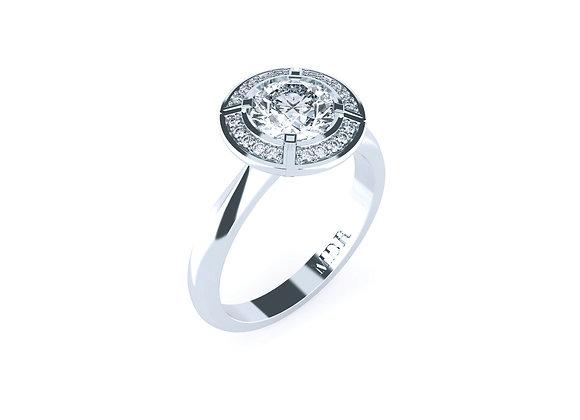 Stunning Round Centre Diamond set amongst Surrounding Diamonds in Platinum