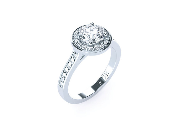 18ct White Gold Round Brilliant Cut Diamond Ring with Shoulder Diamonds