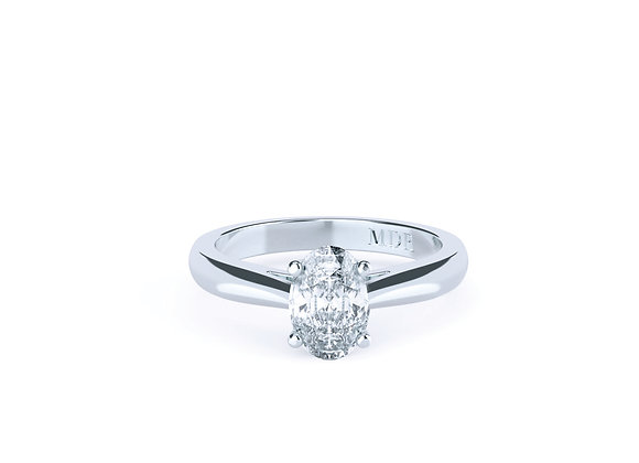 Solitaire Oval Cut Diamond in 4 claw Platinum Ring
