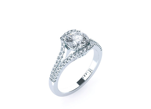 Exquisite 18ct White Gold Diamond Ring will NEVER want to leave your hand