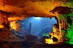 amazing-cave-grottos