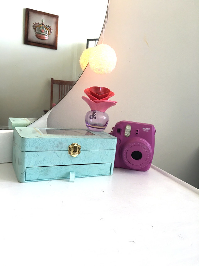 DIY vintage vanity remix