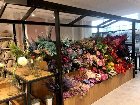 Permanent flower stand