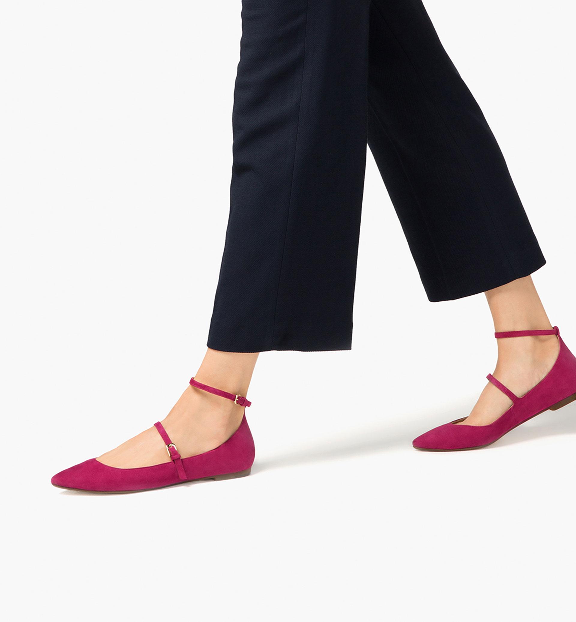 Modelo pies calzado