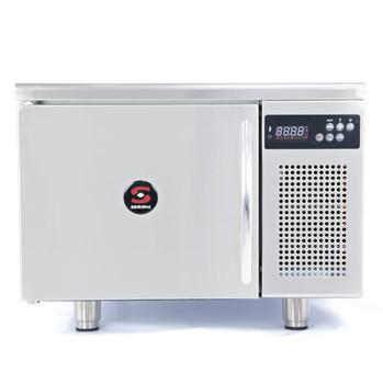 Abatedor de temperatura AB-3 1/1 Capacidade: 3 x GN 1/1 (70 mm entre bandejas)