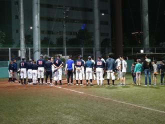 監督、コーチ、父兄、OBで大人の試合を行いました。
