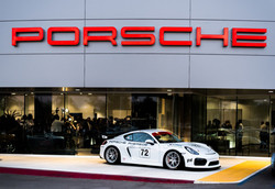 Walters Porsche-160_preview