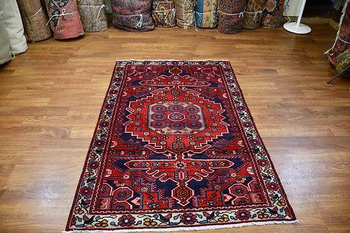Excellent 4'1''x6'3'' Mahal rug