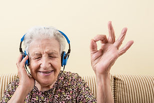 Music-Therapy-iStock_67597015.jpg