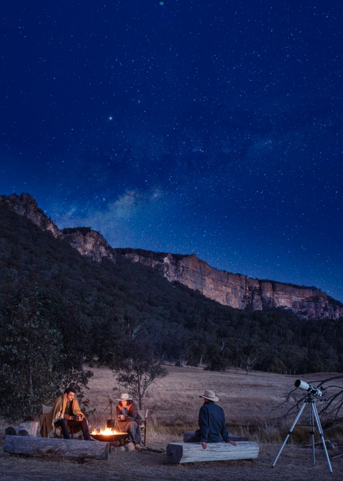 136-OO_WV_Lifestyle_ Stargazing_Campfire