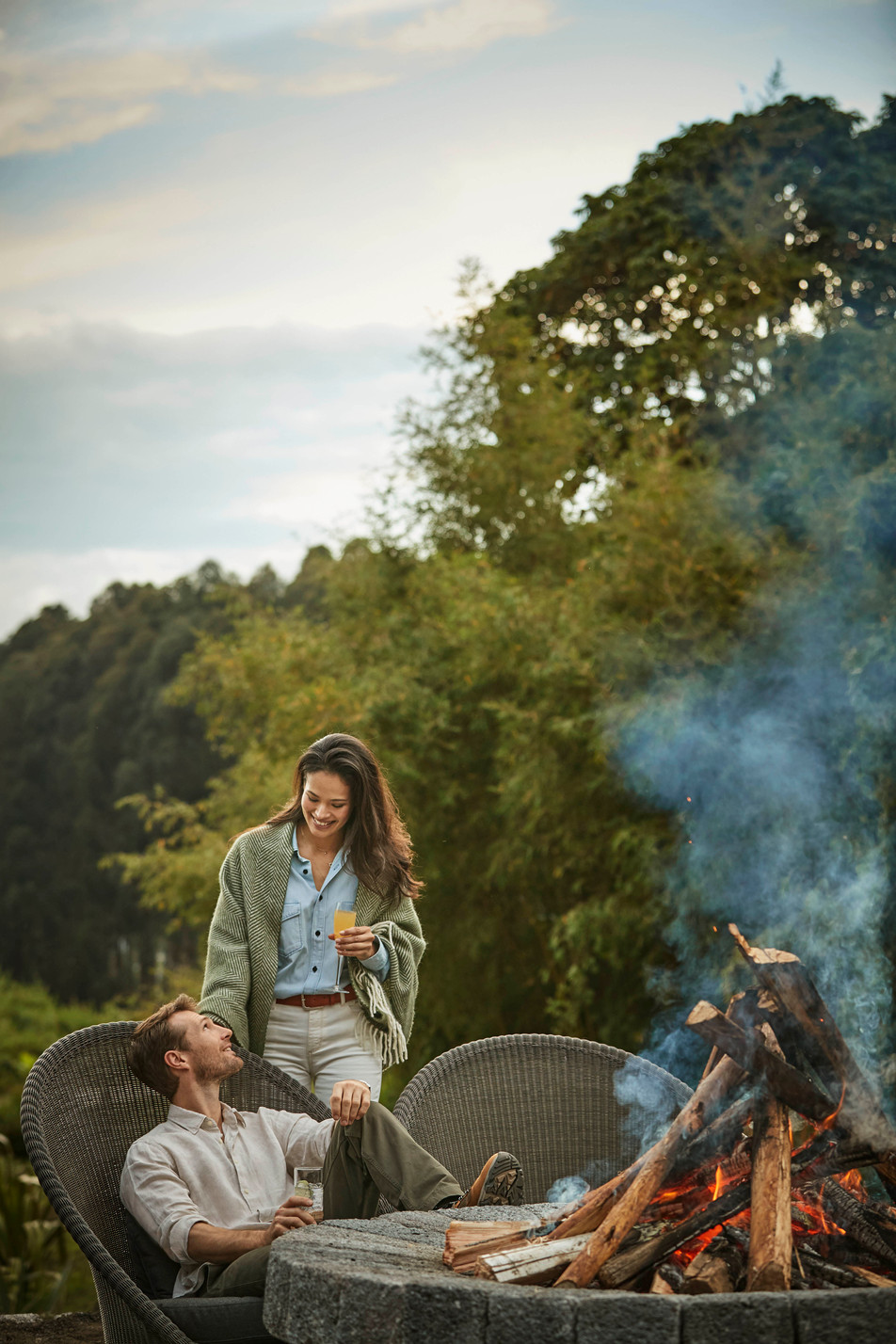 OO_GorillasNest_Lifestyle_Fire_Pit_16571