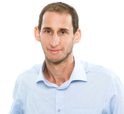 ערן לוי-זקש, שותף ומנהל לקוחות