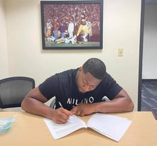 It appears that Quincy Roche has signed his rookie contract