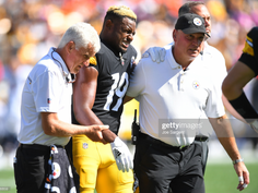 JuJu Smith-Schuster delivers an emotional speech in regards to his season-ending injury