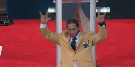 Troy Polamalu received his Gold Jacket before the start of the Class of 2020 enshrinement ceremony