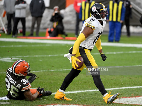 What would a contract extension for JuJu Smith-Schuster look like?