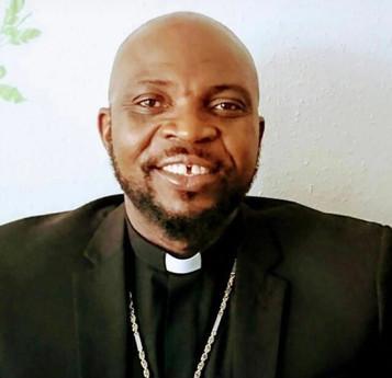 Pastor Okanta