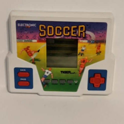 Soccer Tiger Handheld Electronic LCD Game (works)
