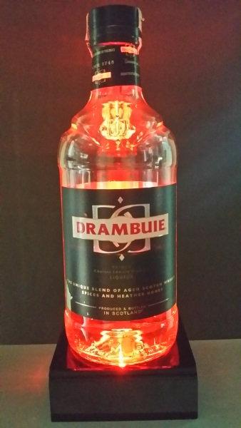 Base com iluminação a LED para garrafas, copos ou vasos