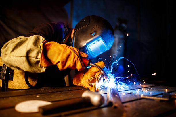 cutting-metal-with-plasma-equipment-plan