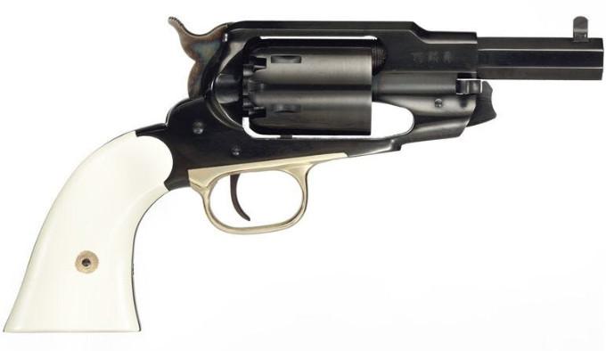 Револьвер Taylors Firearms 1858 The Ace справа