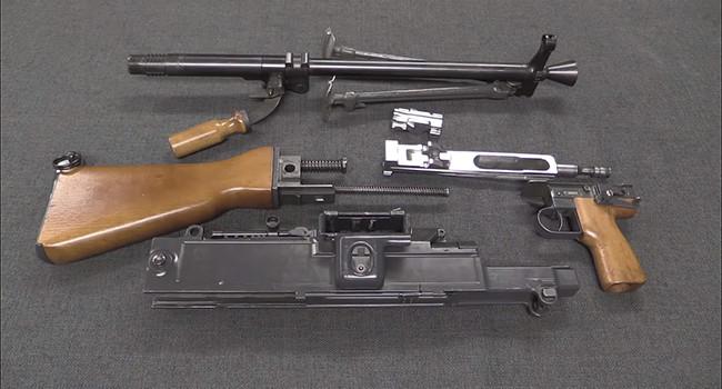 разобранный пулемет UK vz 59