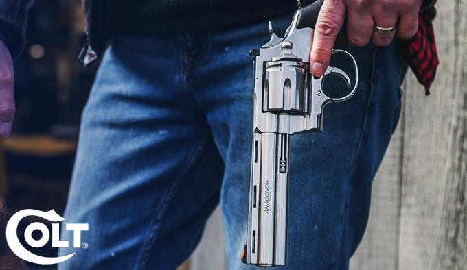 Револьвер Colt Anaconda 2021 года сбоку