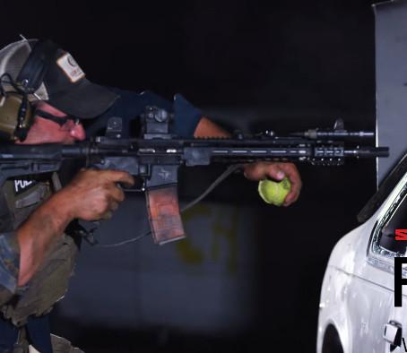 Стрельба из карабина с ранением руки - SureFire Field Notes 54