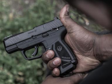 Пистолет Ruger MAX-9