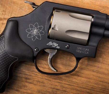 Револьвер Smith & Wesson Model 360 PD