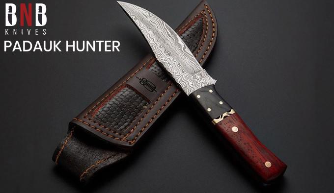 красивый нож из дамасской стали
