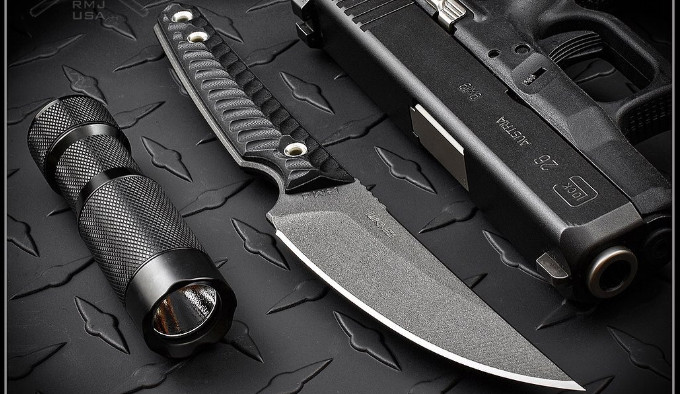 нескладной нож из стали Nitro-V с защитным покрытием Cerakote