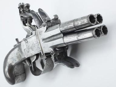 Четырехствольный кремневый пистолет