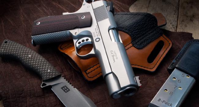 нож Ed Brown K1 и пистолет Kobra Carry