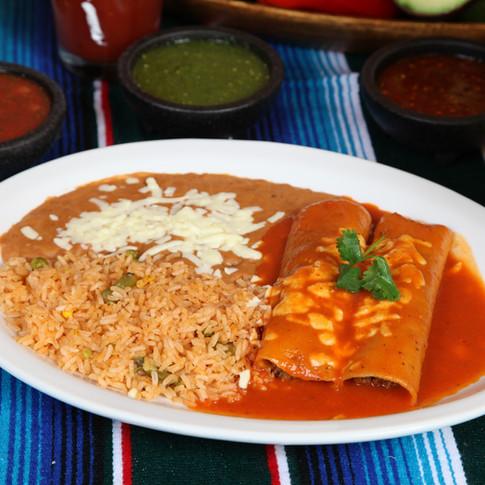 Enchiladas en Salsa Roja