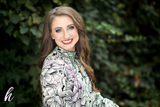 Caroline |  Jonesboro Arkansas Senior Photographer