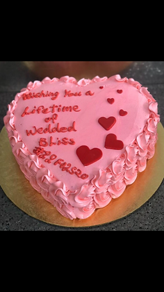 Love ❤️ cake (approx 2kg)