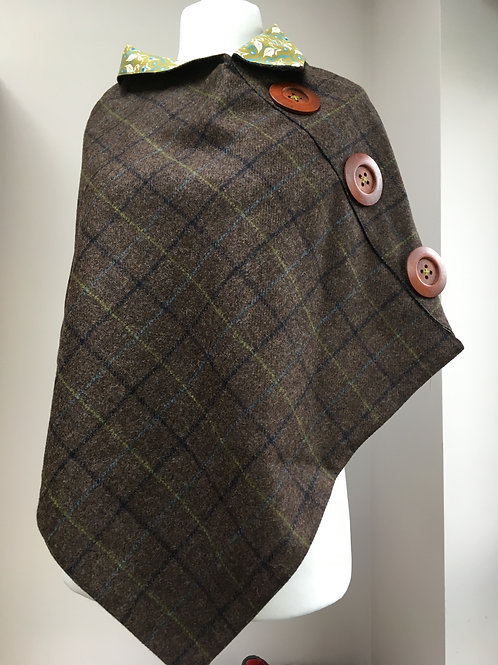 Brown and Green/blue Tweed with Green and White Leaf