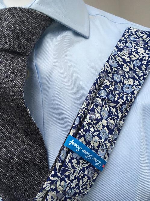 Loganberry Shetland Plain Weave Twill with Liberty Blue Flower Tana Lawn