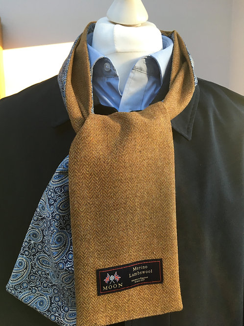 Apricot Herrignbone Merino Lambswool with Lee Manor Tan Lawn