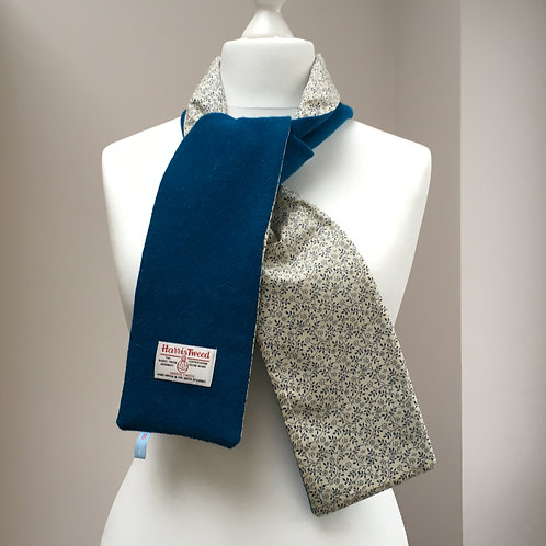Harris Tweed Dark Teal and Blue/Cream flower