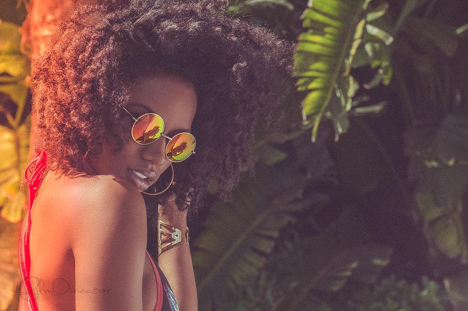 Sun Glasses, woman, black woman, melanin skin, melanin, afro, black girl magic, BET, model, top model,