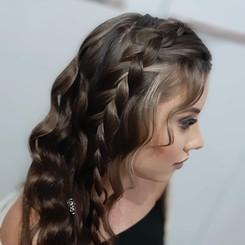 Penteado Ondas de Sereia com Trança Solta - Penteados Leticia Rodrigues